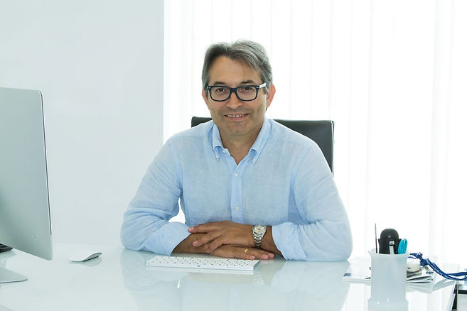 Dr.Alex Seiadatan