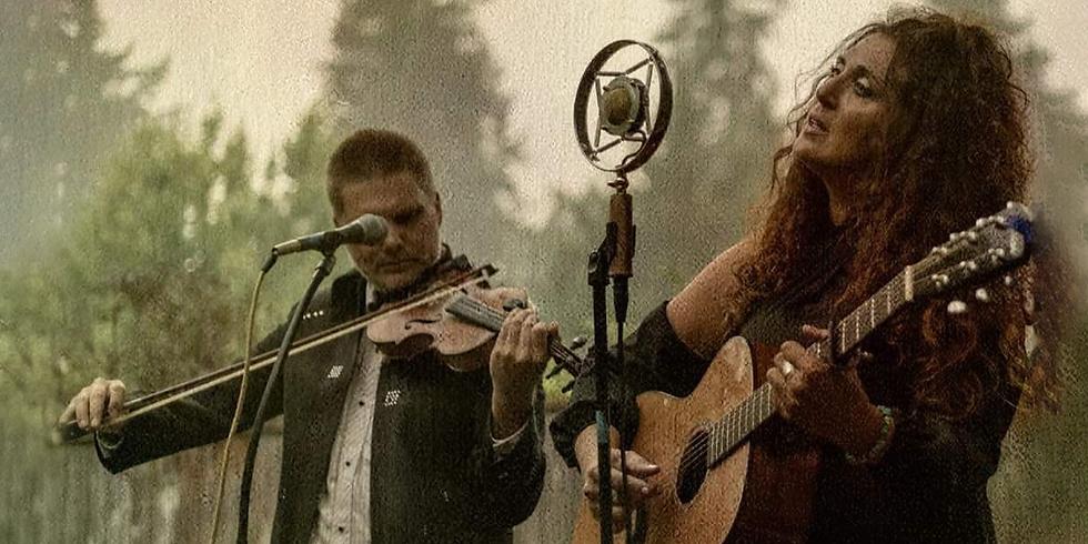 Music at the Dancing Fish: Lisa Landucci & Steve Peavey