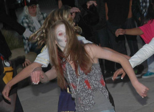 """""""Thriller"""" in Vacaville Town Square Community Dance Along"""