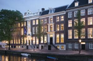 WA_Amsterdam_Exterior_300x198.jpg