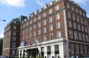 Marriott-Grosvenor-Square-eleganceblack-