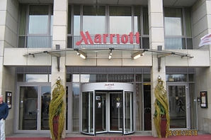 marriott-leipzig-blackpearl-300x198.jpg