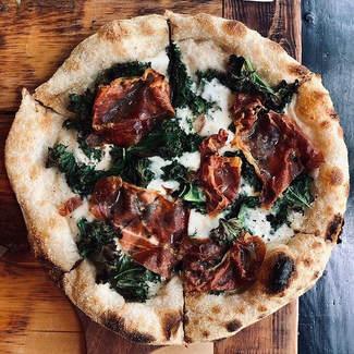 Leah pizza