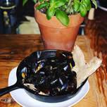 Garlic mussels