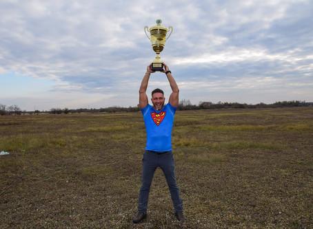 Országos bajnoki cím és világrekord