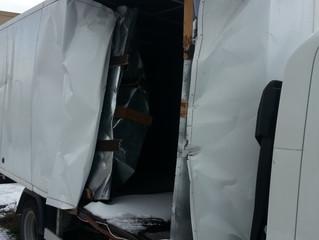 Ремонт промтоварного фургона после ДТП