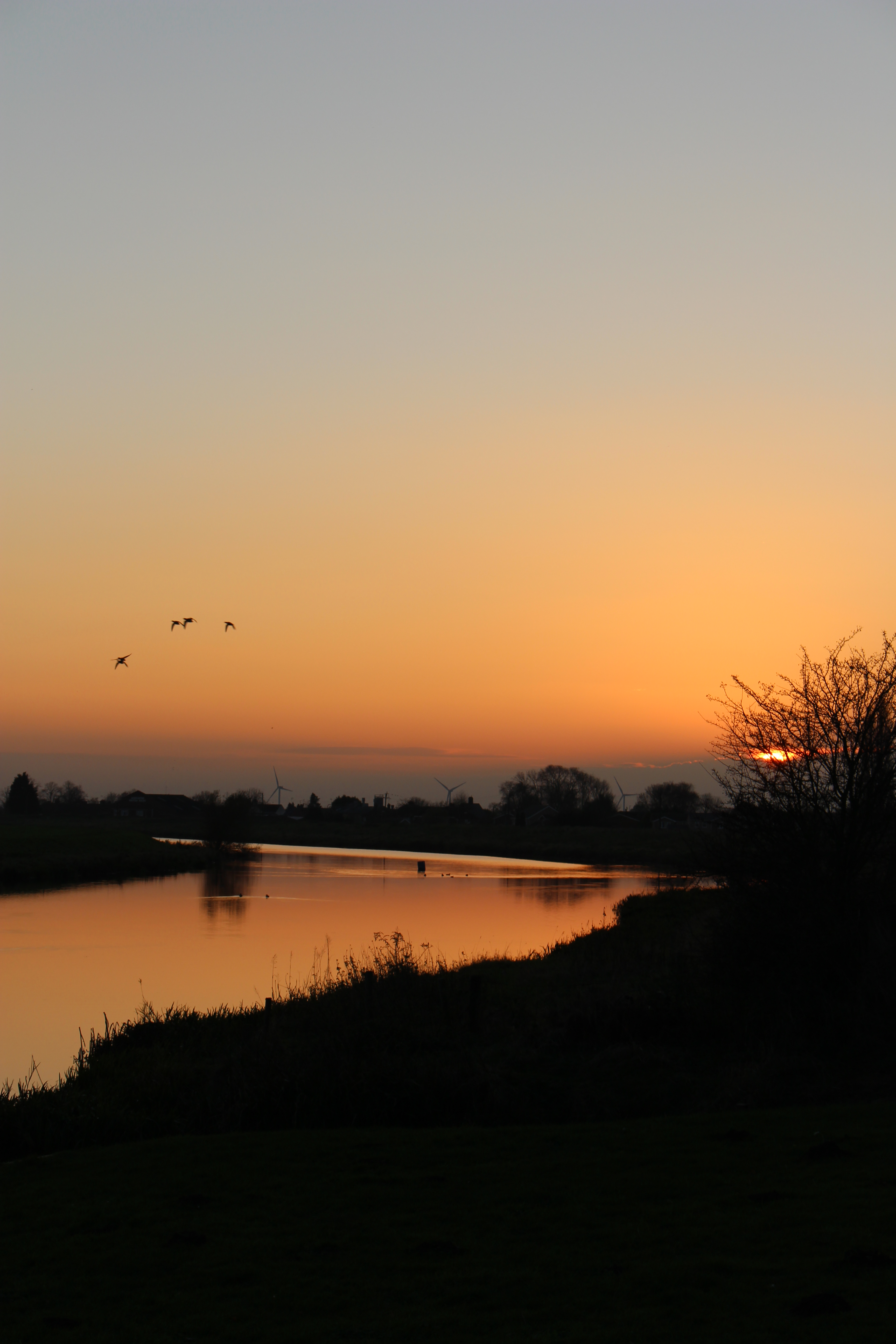 Sunset on the River Welland
