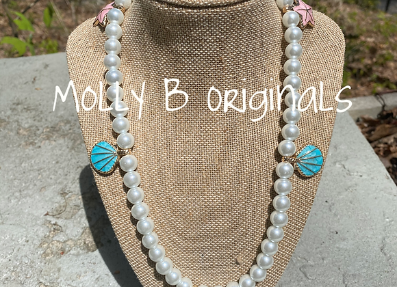 Molly B Summer Pearl Strand Necklace©️