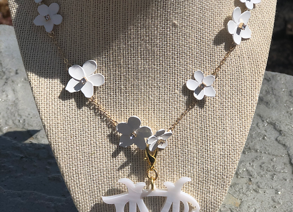 Spring Flowers Monogram Necklace©️