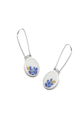White bloom oval earrings