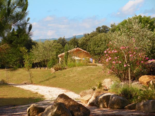 Les Mas-de-Payzac-Un gîte au loin
