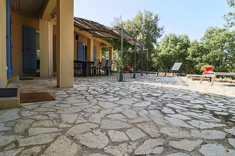 La Garrigue - La terrasse