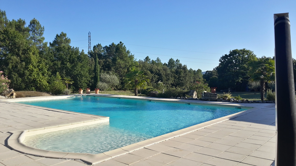 Mas-de-Payzac_La-piscine