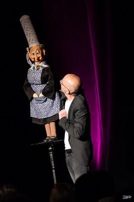 GAST-spectacle-ventriloque-David-Eldé-et