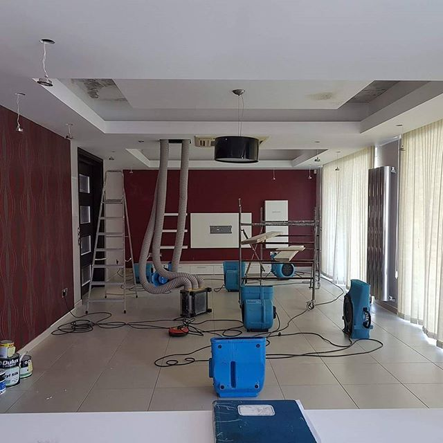 #structuraldrying - drying ceilings after water intake from broken pipes