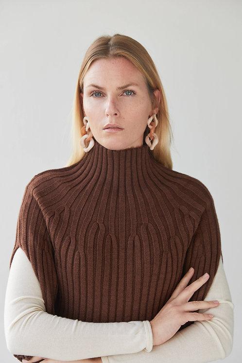 Long cape in 100% Merino wool