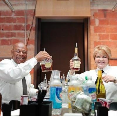 Cocktail-Time-Bartenders.jpg