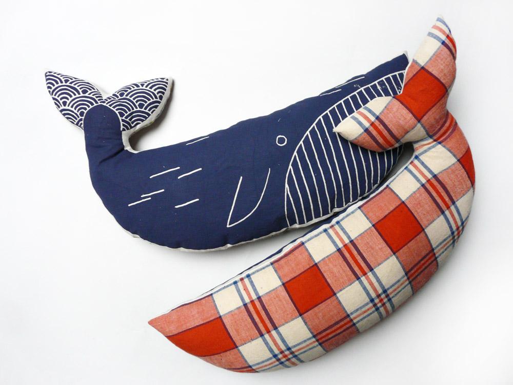 Coussin baleine - sérigraphie