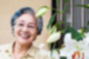 ユリとおばあさん.jpg
