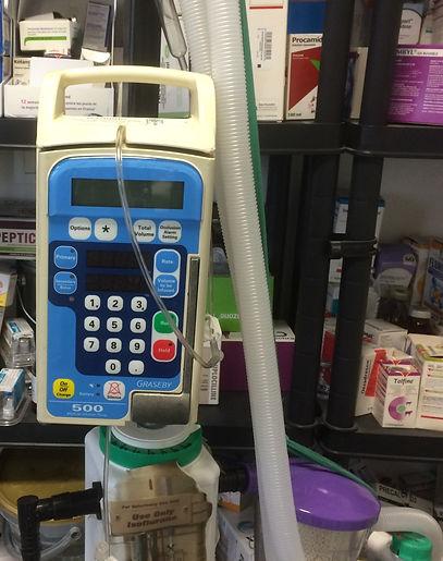 machine anesthésie et pompe à perfusion