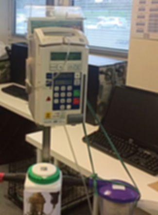 machine anesthésie gazeuse et pompe à perfusion