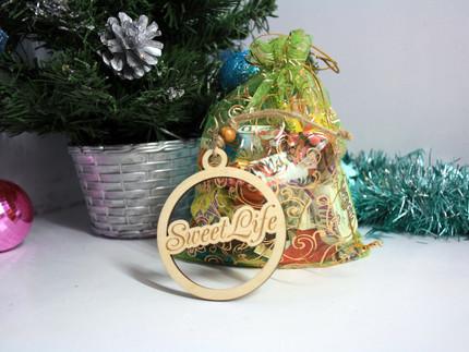 Новогодние подарки со сладостями