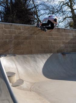 Josh Williams: Backside Wallride