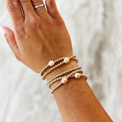 Laurent Freshwater Pearl Bracelet