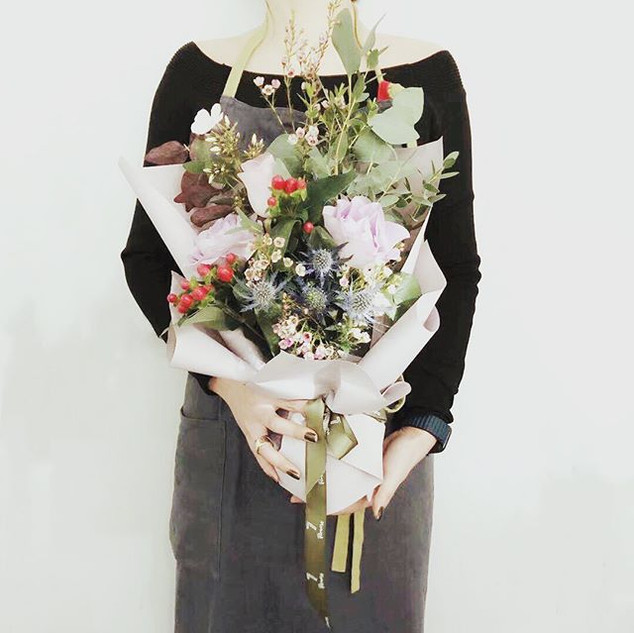 See our prettiest bouquet in this winter