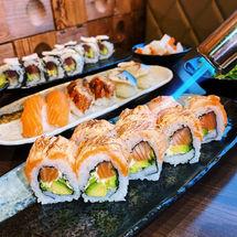 Aburi Sake Roll