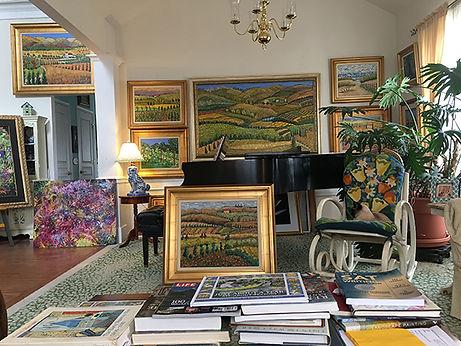 Leslie Ehrin  Studio