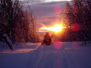 Sunset on Garden Peninsula Snowmobile.jp