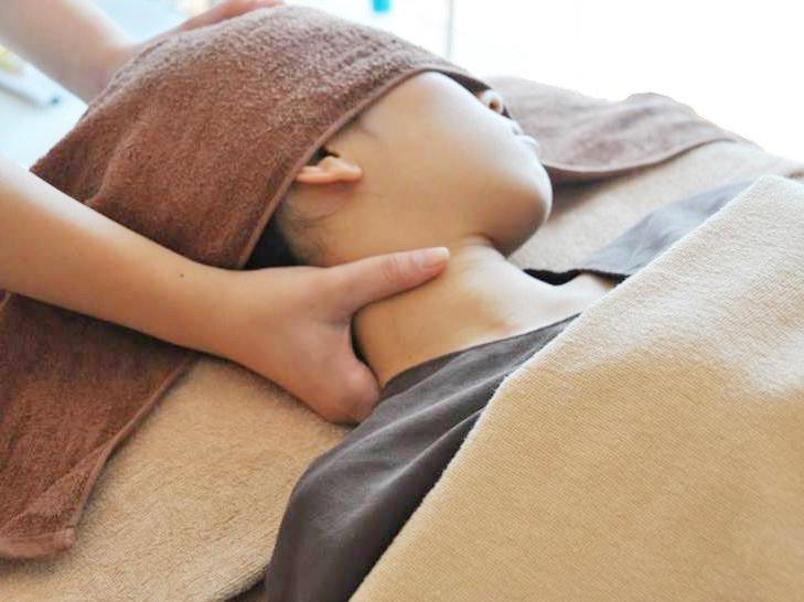 【ヘッドスパ】眼精疲労/首の疲れ解消に★極眠リラックスコース(80分)