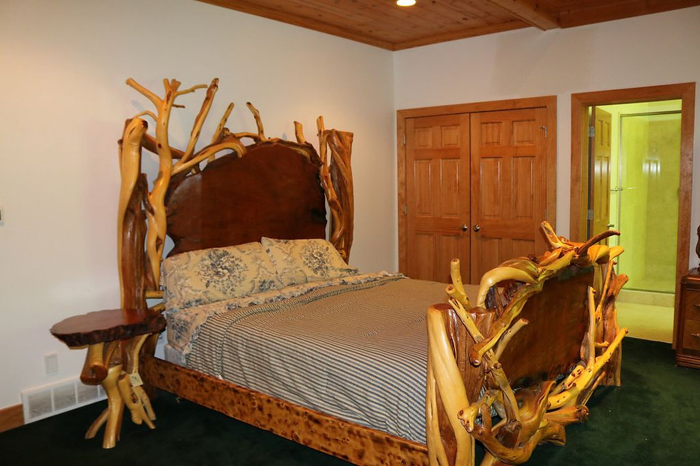 Carriage House - King Bedroom 1 with Pri