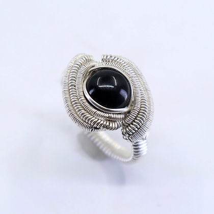 Fine and sterling silver ring - onyx