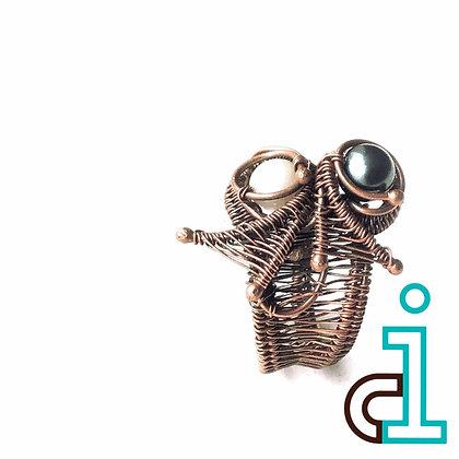 Pearl Hug Ring
