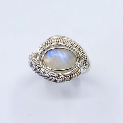 Fine and sterling silver ring - rainbow moonstone