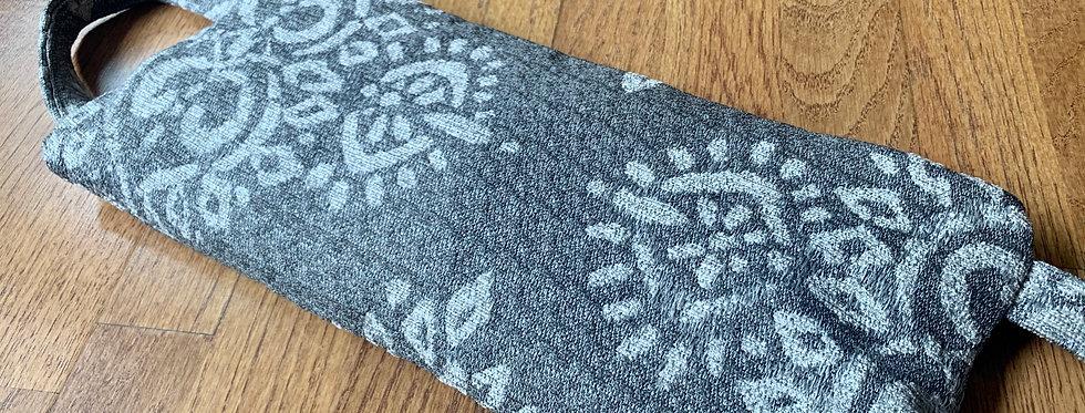 Yoga Sandbag, Grey/White