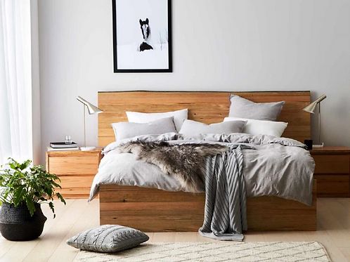 Connel Timber Bed