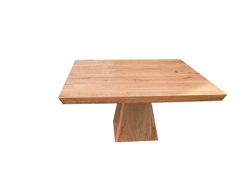 Black Butt Square Pyramid Base Table
