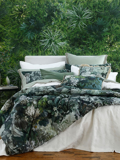Florian Comforter Set