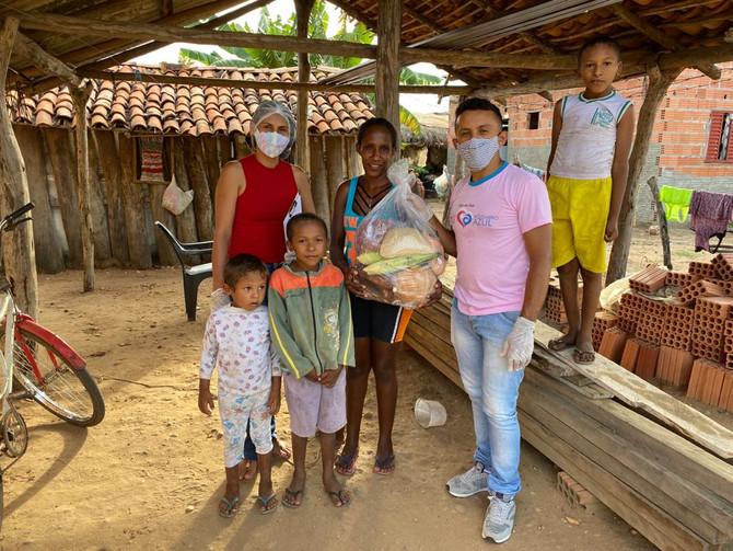 Prefeitura de Bom Jesus e Ruraltins entregam cesta com produtos da agricultura familiar