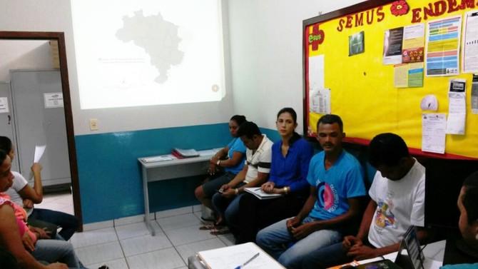 Saúde - Treinamento para o Combate ao Mosquito Aedes Aegypti.