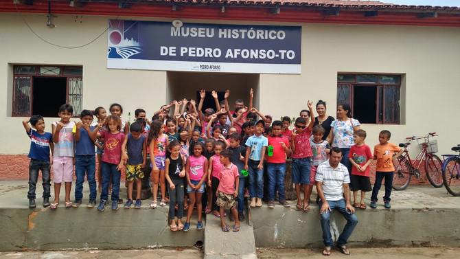 Alunos da Zona Rural de Bom Jesus visitam Museu Histórico de Pedro Afonso