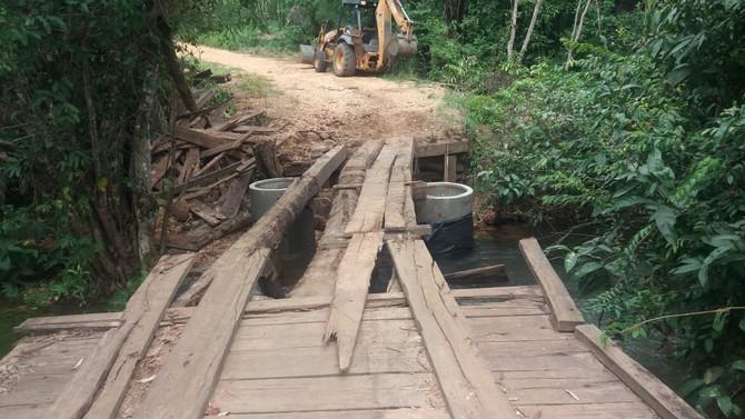 Infraestrutura dá início a substituição da Ponte sobre o Córrego Landi