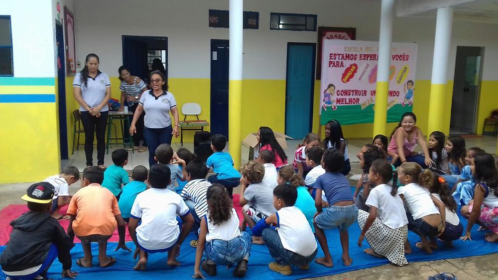 Foto alunos escola municipal Paraíso de Bom Jesus