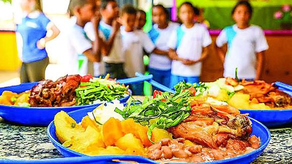 """Secretaria de Educação realizará entrega do """"kit alimentação merenda escolar 2021"""""""
