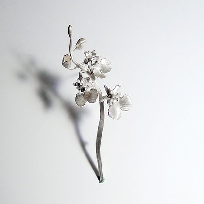 Dancing Dall Orchid - Brooch #1