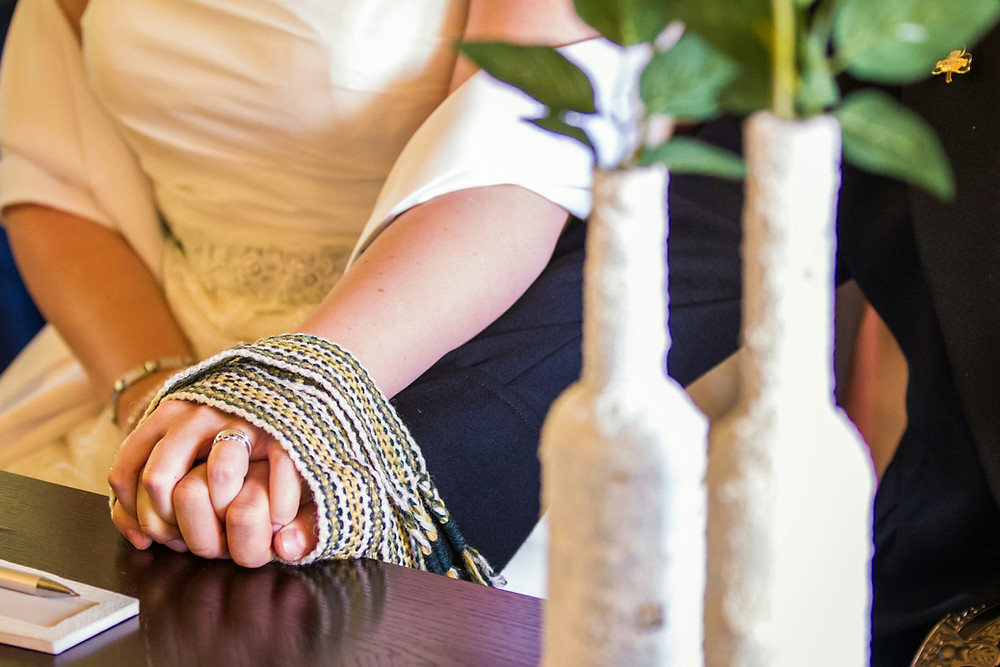 """""""The Wrap"""" Handfasting Knot"""