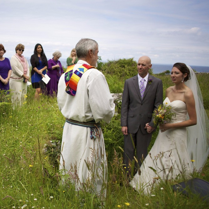 Aran Island wedding using Inis Meain handfasting Cord